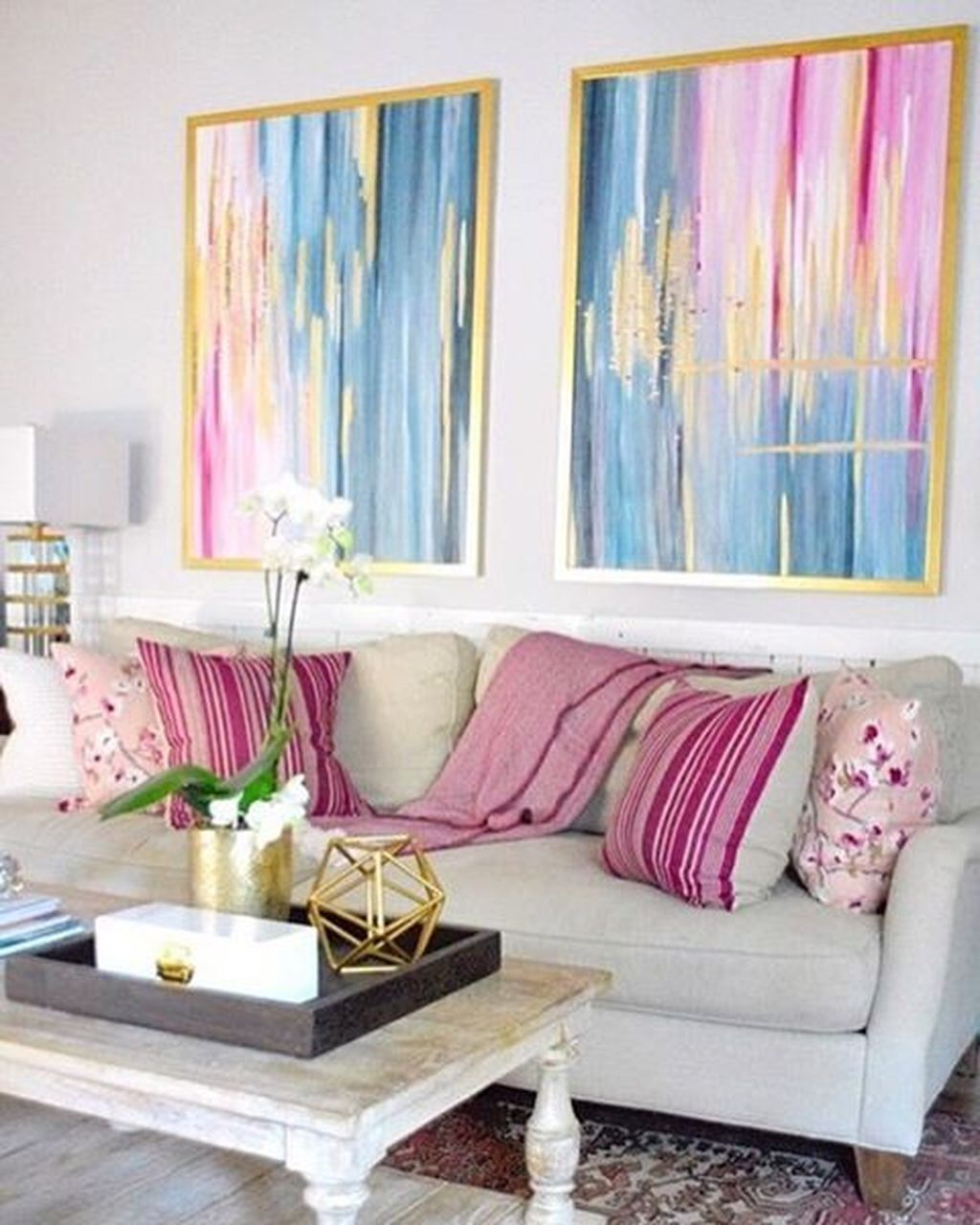 Beautiful Pink Living Room Decor Ideas 08