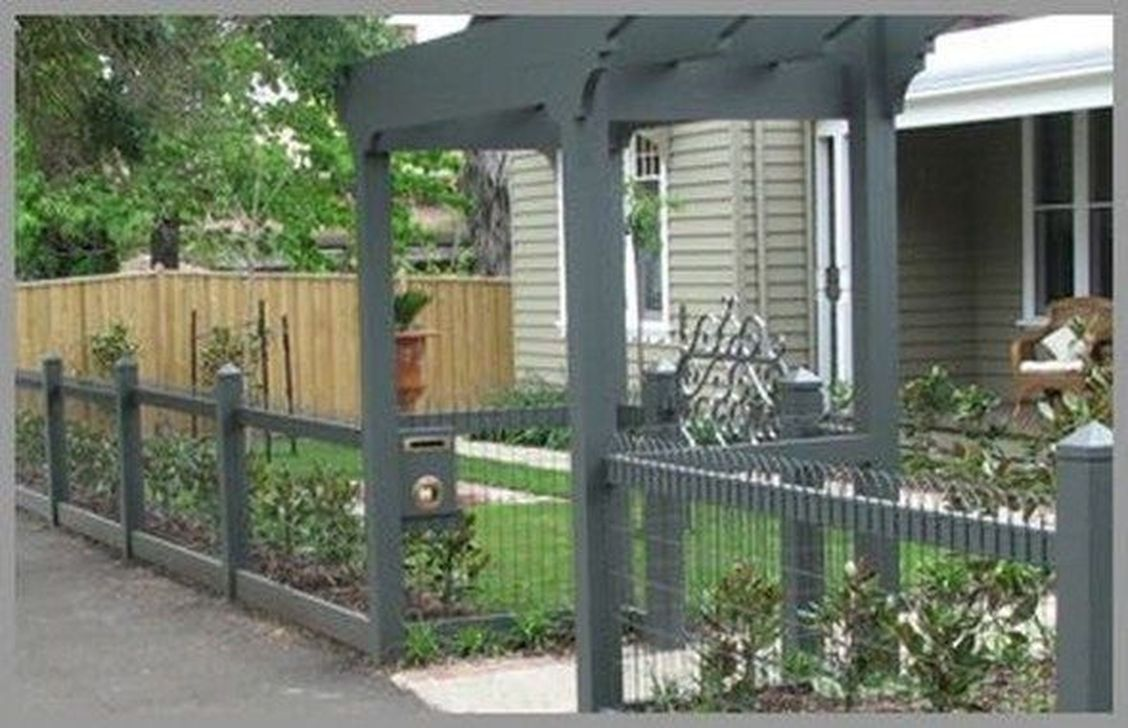 Inspiring Front Yard Fence Design Ideas 09