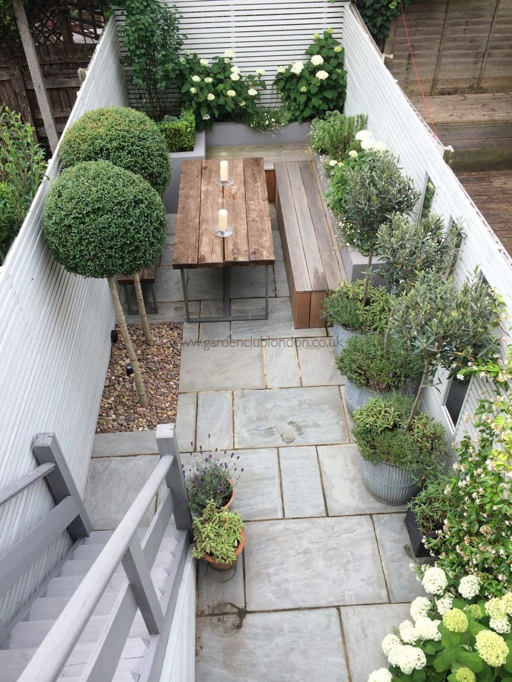 Stunning Tiny Garden Design Ideas To Get Beautiful Look 04