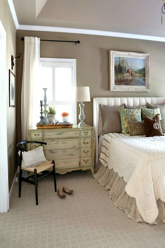 Amazing French Country Bedrooms Design Ideas 05