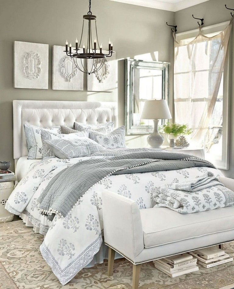 Amazing French Country Bedrooms Design Ideas 24