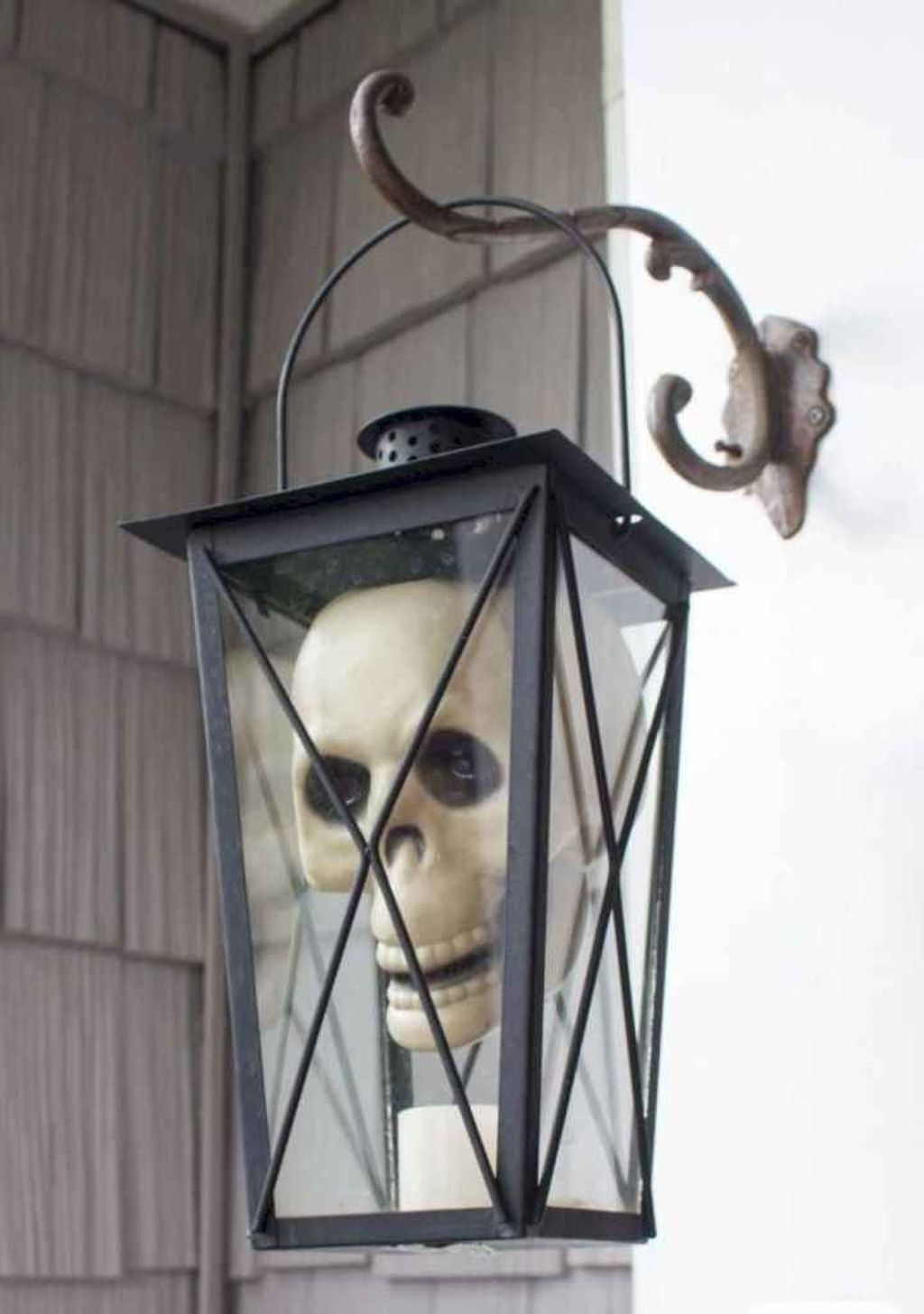 Amazing Halloween Outdoor Decorations Ideas 28