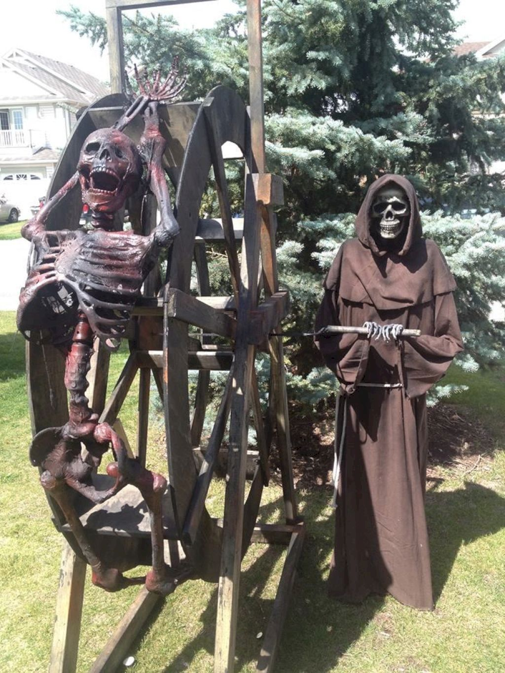 Amazing Halloween Outdoor Decorations Ideas 37