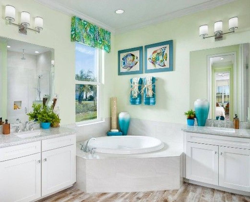 Awesome Coastal Style Bathroom Decorating Ideas 17