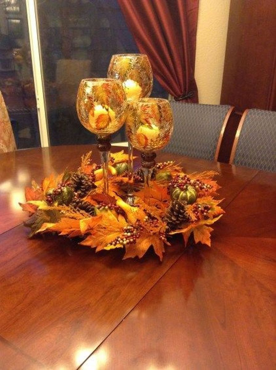 Awesome Fall Table Decorations Ideas You Should Apply This Year 03