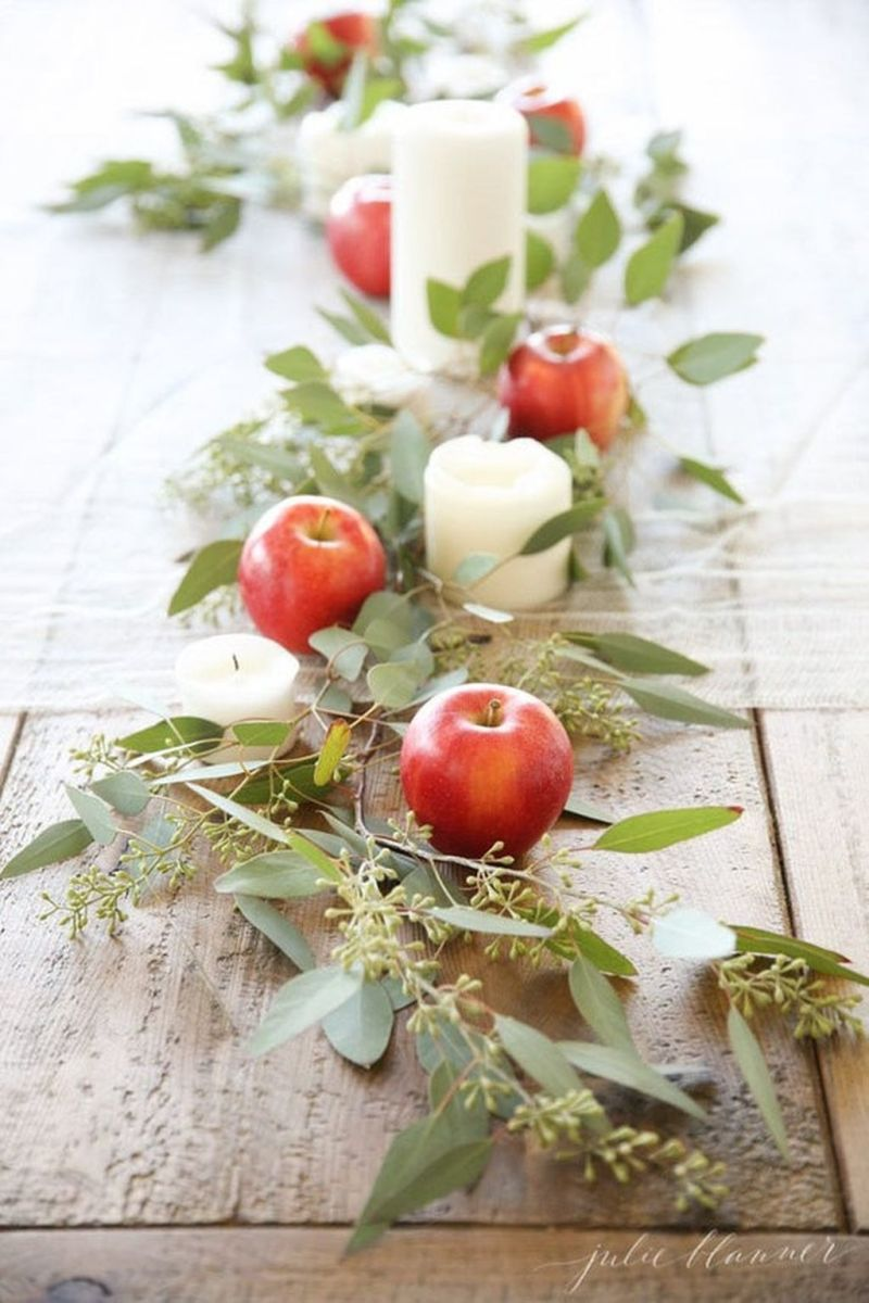 Awesome Fall Table Decorations Ideas You Should Apply This Year 05