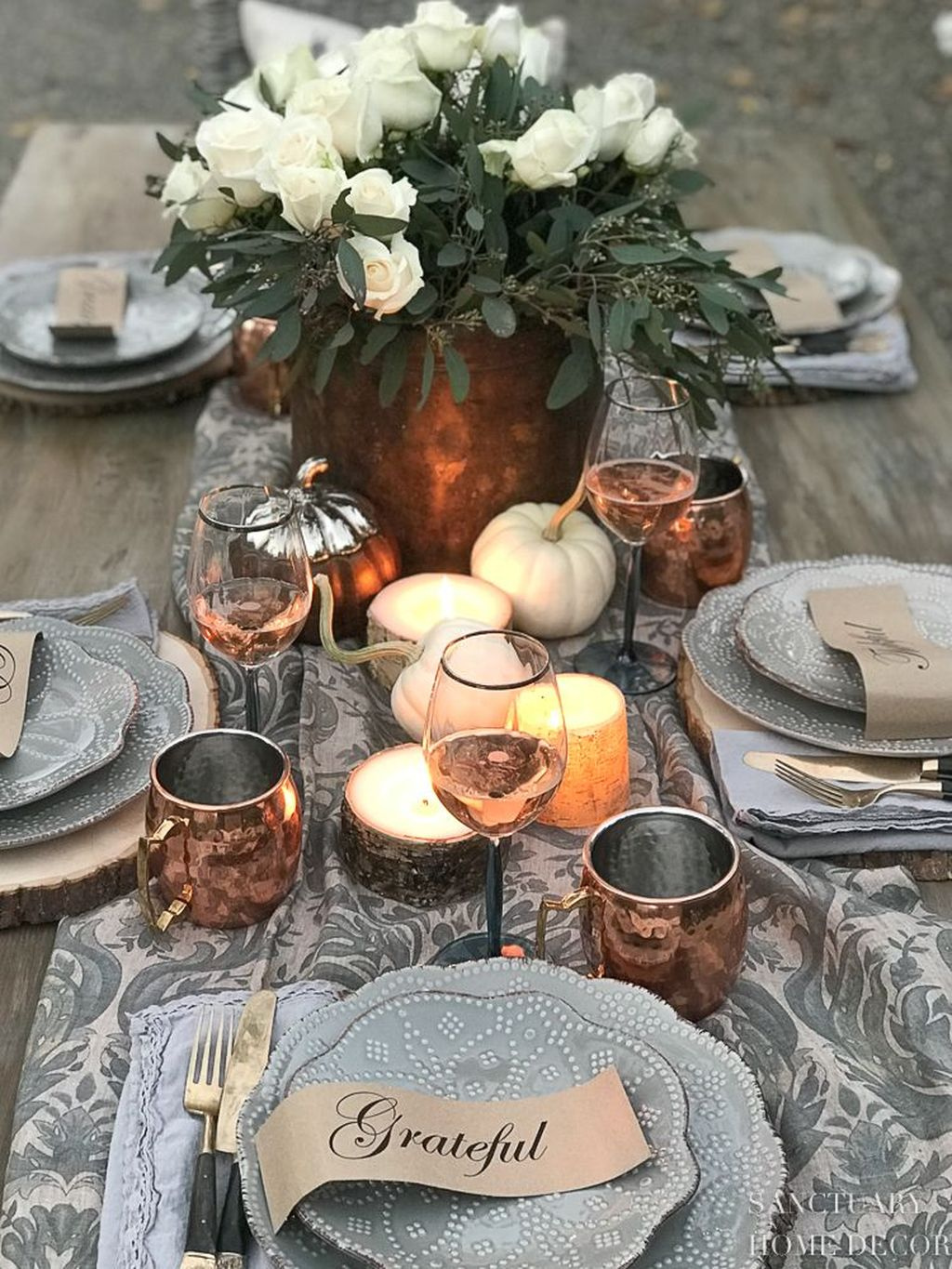 Awesome Fall Table Decorations Ideas You Should Apply This Year 33