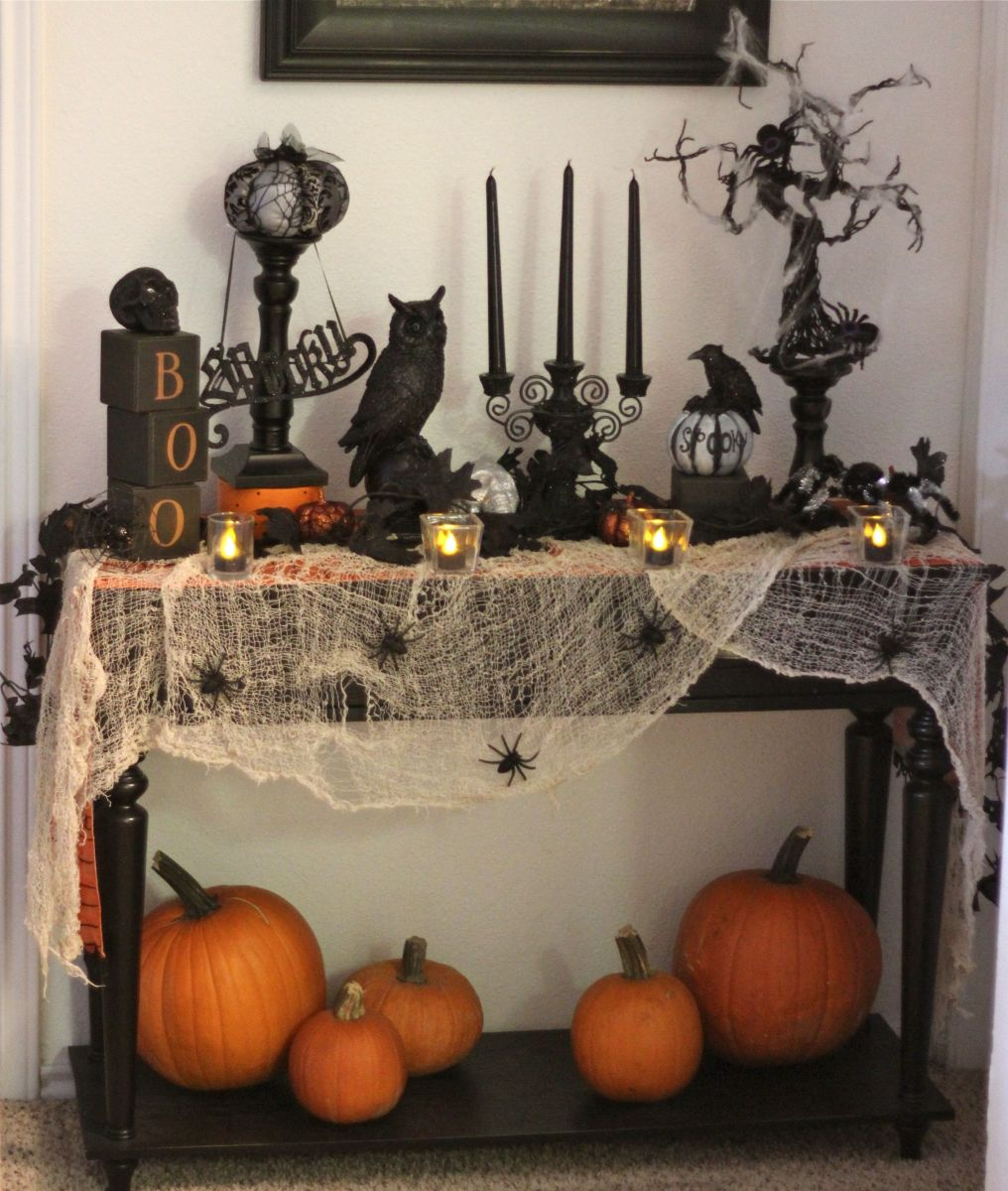 Awesome Spooky Halloweeen Home Decoration Ideas 19