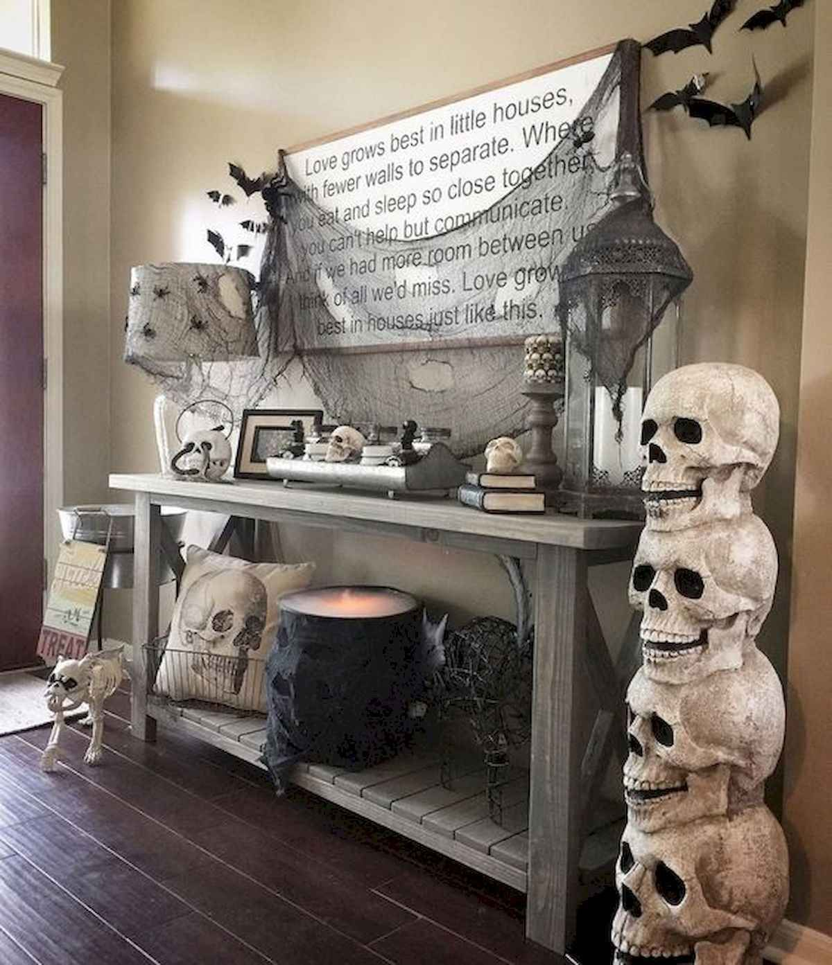 Awesome Spooky Halloweeen Home Decoration Ideas 21