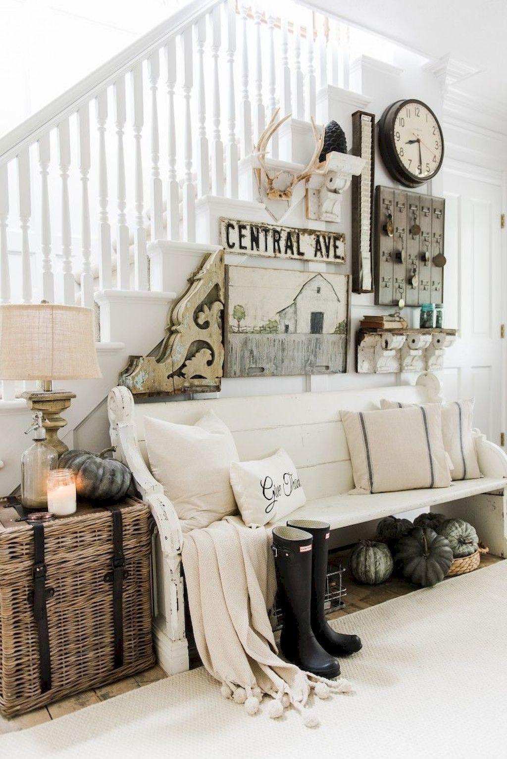 Beautiful Fall Entryway Decor Ideas 07