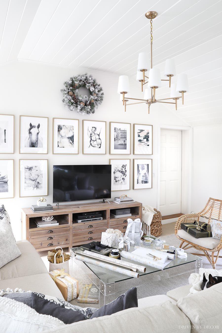 Beautiful Family Room Design Ideas 17