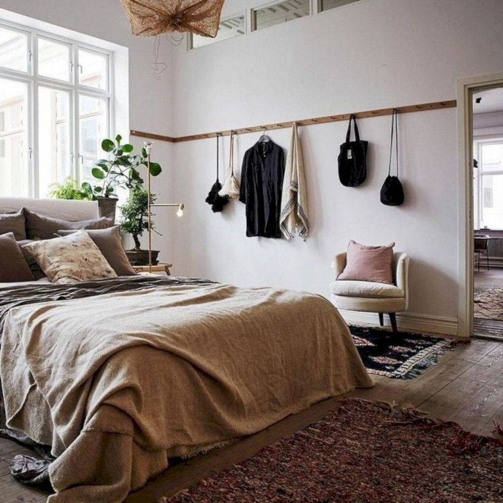 34 Beautiful Small Master Bedroom Design Ideas On A Budget ...