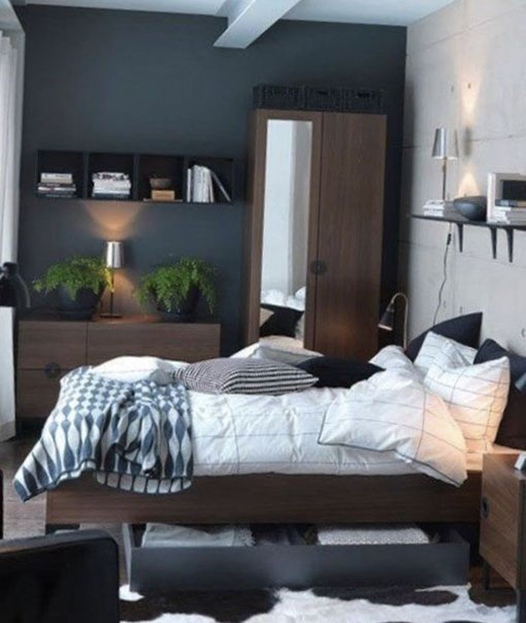 Beautiful Small Master Bedroom Design Ideas On A Budget 06