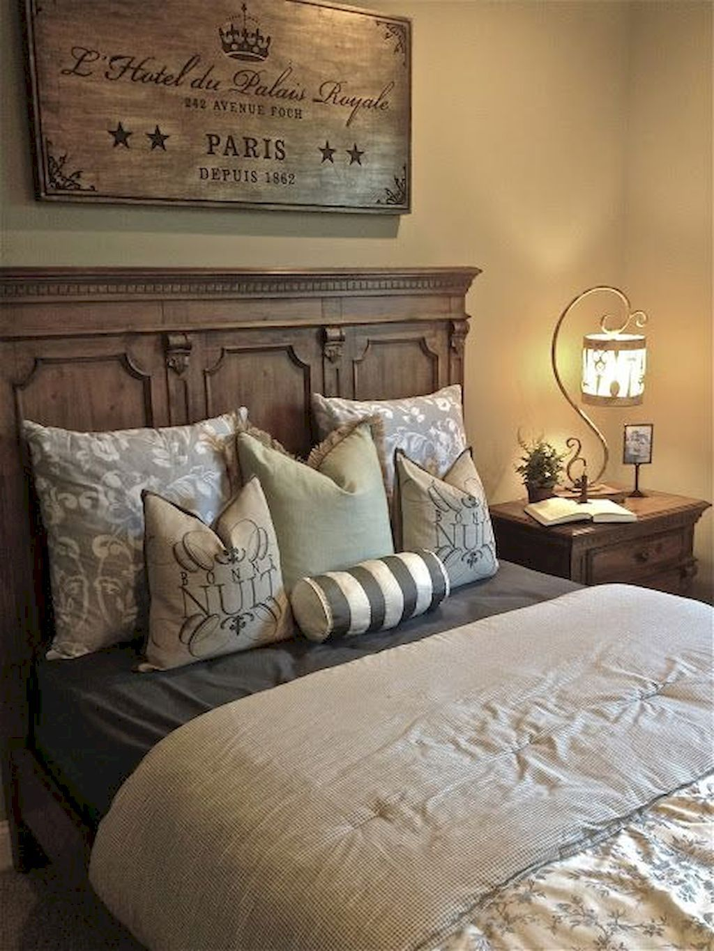 Fabulous Country Bedrooms Decorating Ideas 02