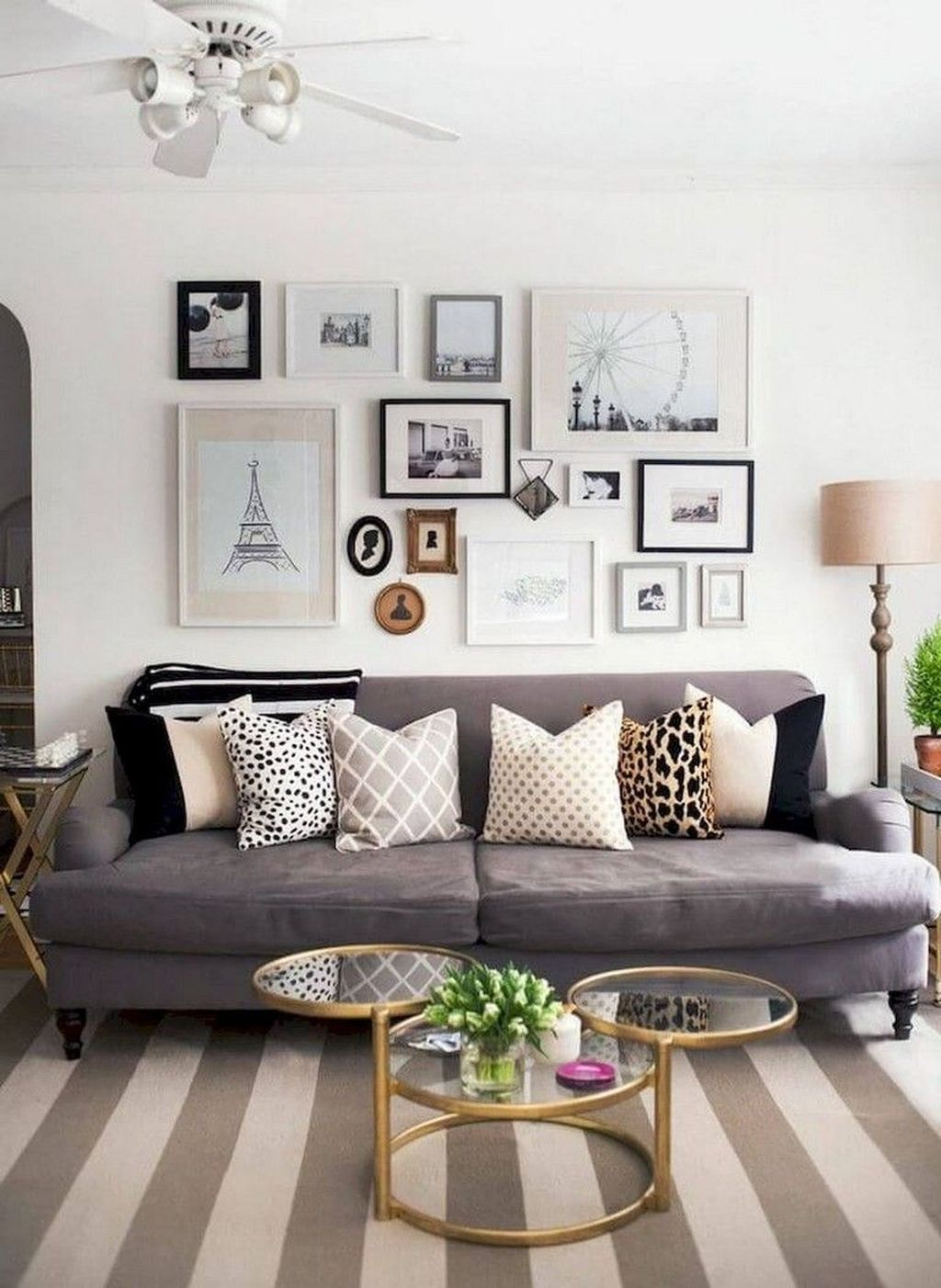 Inspiring Small Apartment Decoration Ideas 12