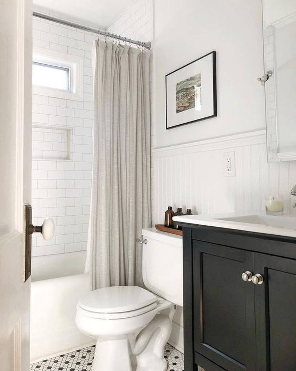 Lovely Classic Bathroom Design Ideas 05