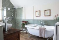Lovely Classic Bathroom Design Ideas 32