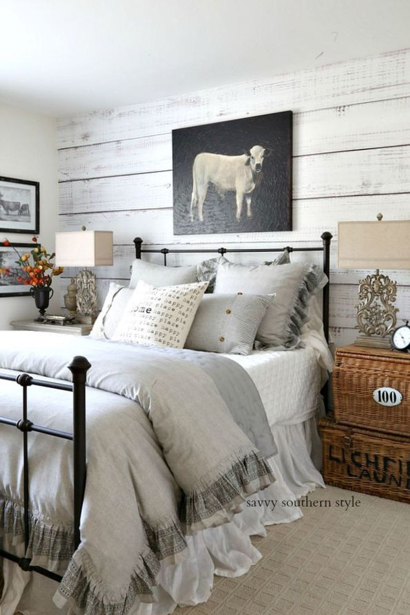 Lovely Fall Bedroom Decor Ideas That Will Popular This Year 20