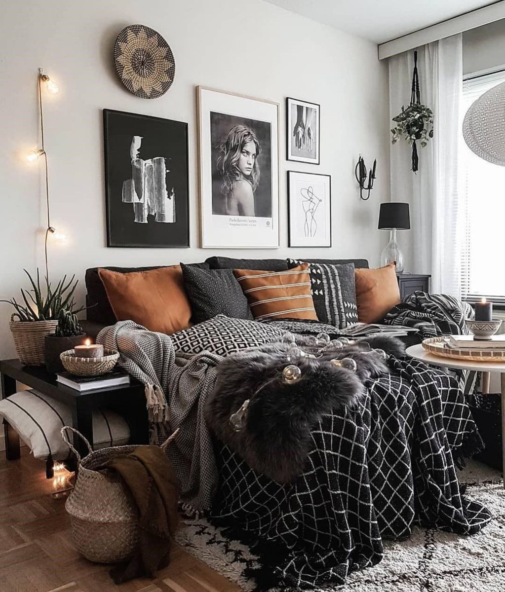 Lovely Fall Bedroom Decor Ideas That Will Popular This Year 35