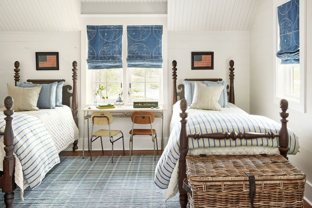 Lovely Lake Bedroom Decorating Ideas 14