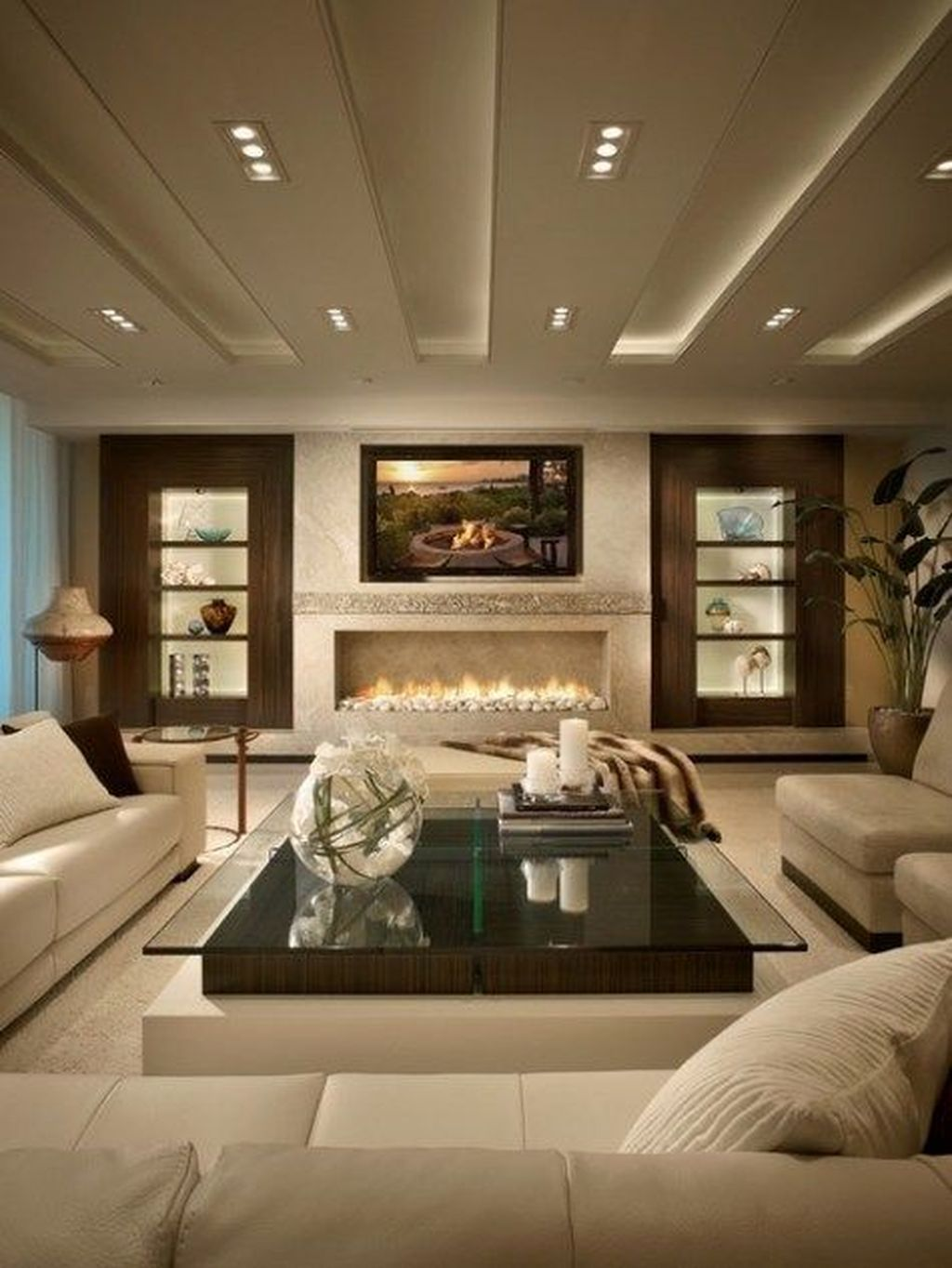 Luxury Living Room Design Ideas With Modern Accent 31