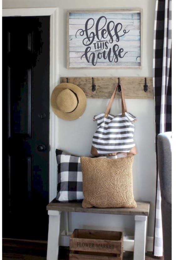Perfect Entryway Decor Ideas 21