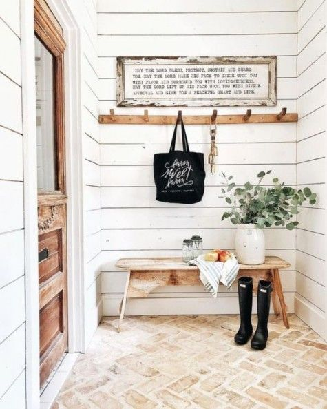 Perfect Entryway Decor Ideas 31