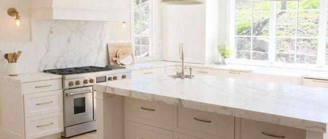 Popular White Kitchen Design Ideas 16