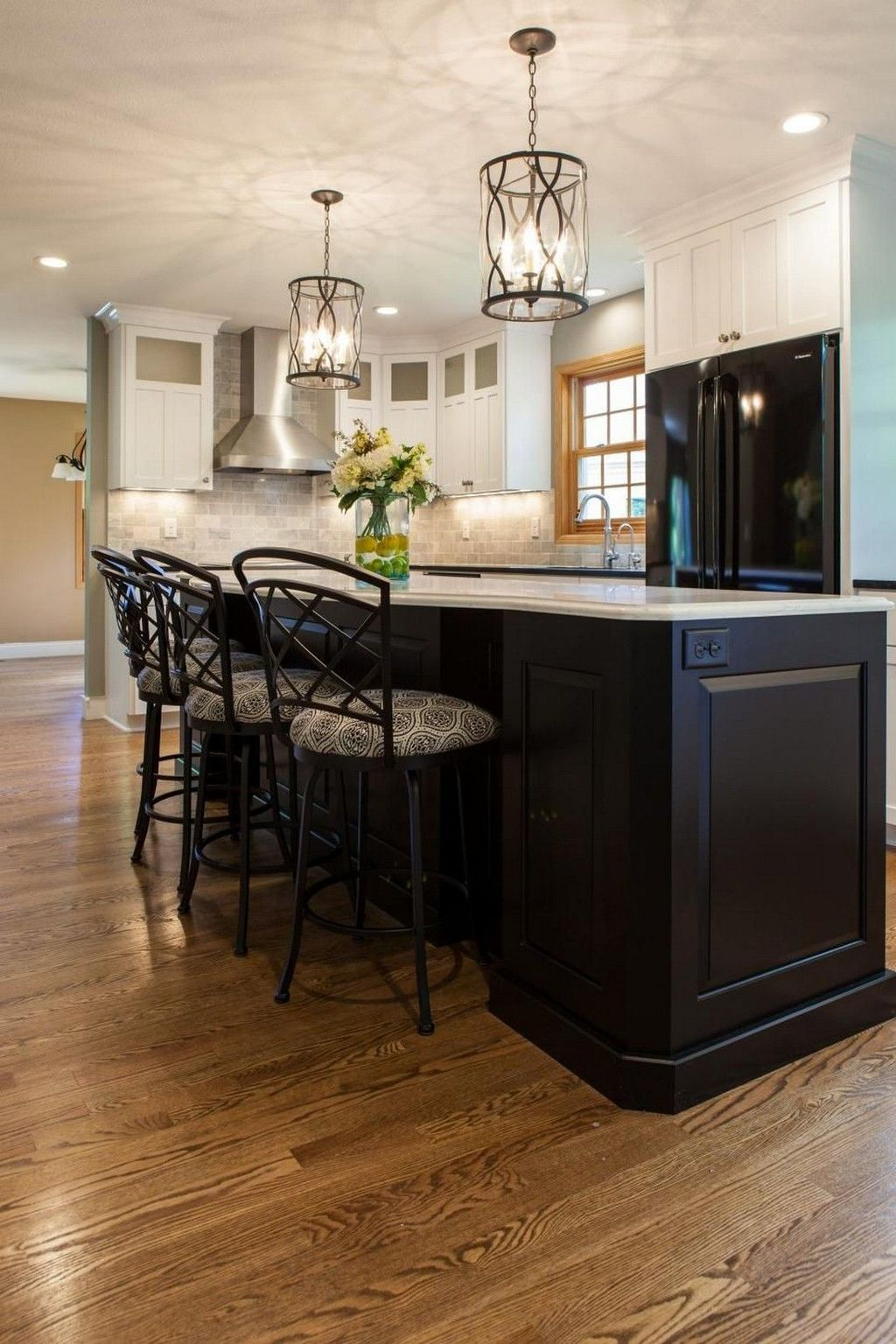 Stunning Black Kitchen Island Ideas 01