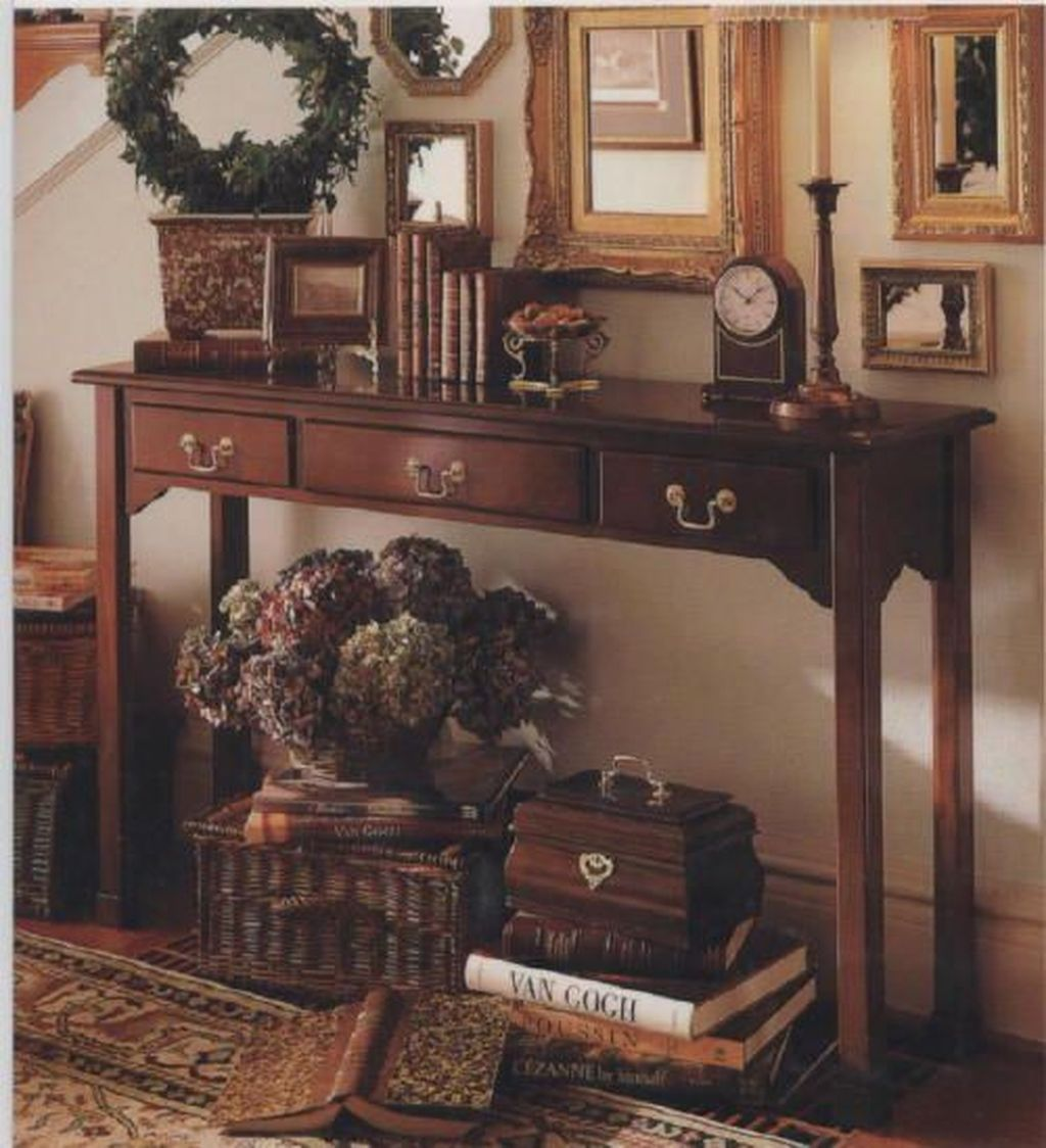 Stunning Foyer Decorating Ideas 01
