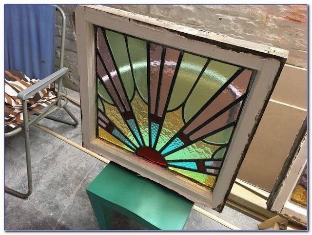 Stunning Leaded Glass Windows Design Ideas 34