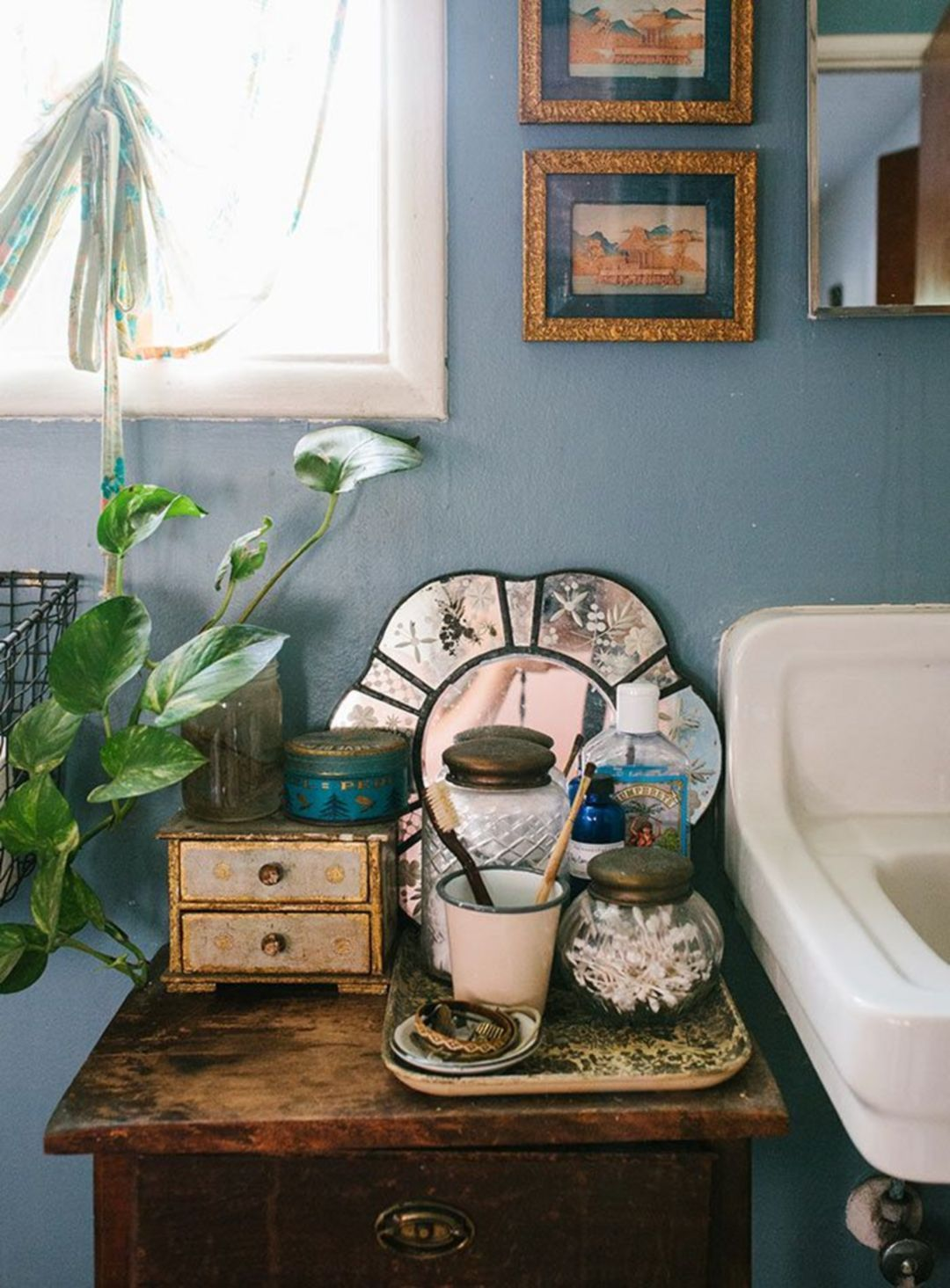 Amazing Bohemian Style Bathroom Decor Ideas 28