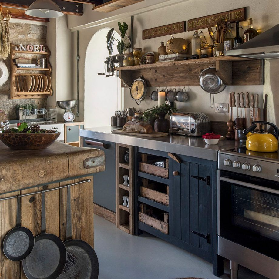 Awesome Cottage Kitchens Design Ideas 08