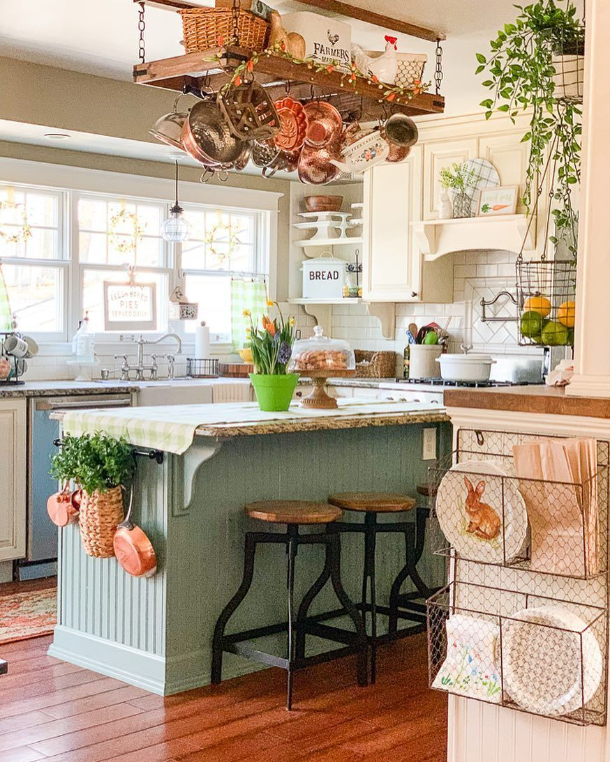 Awesome Cottage Kitchens Design Ideas 11