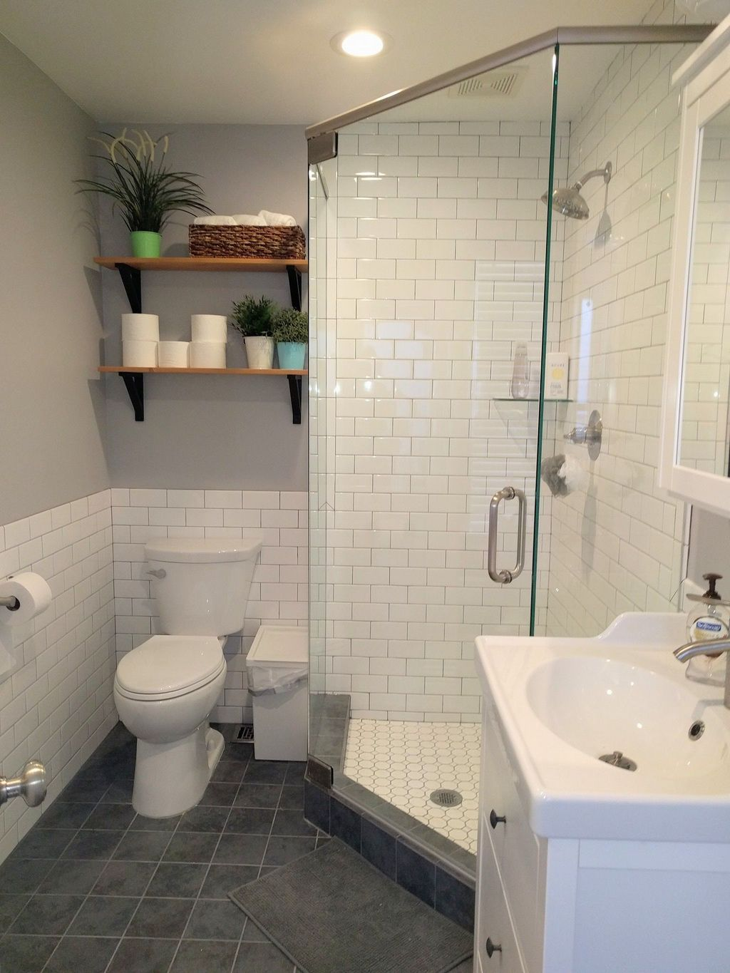 Awesome Small Bathroom Remodel Ideas On A Budget 03