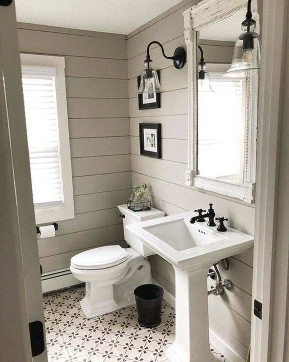 Awesome Small Bathroom Remodel Ideas On A Budget 13 - HMDCRTN