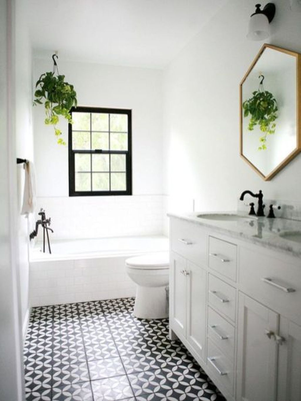 Awesome Small Bathroom Remodel Ideas On A Budget 29