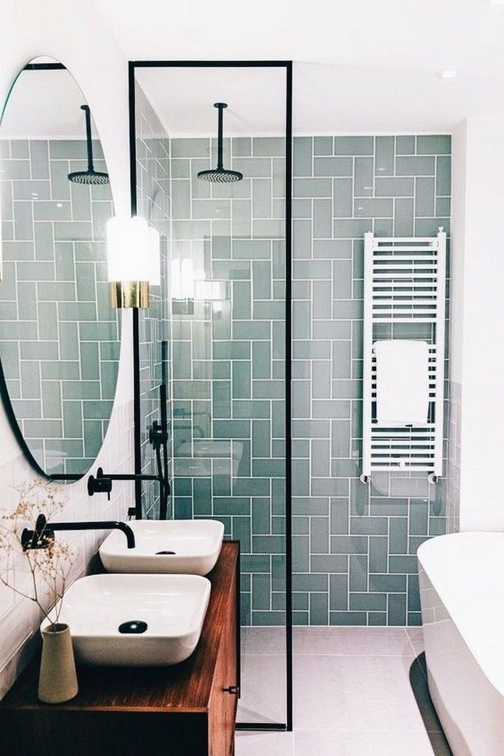 Awesome Small Bathroom Remodel Ideas On A Budget 37