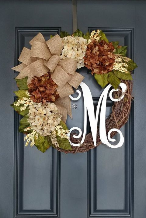 Awesome Thanksgiving Front Door Decor Ideas 03