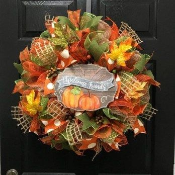 Awesome Thanksgiving Front Door Decor Ideas 27