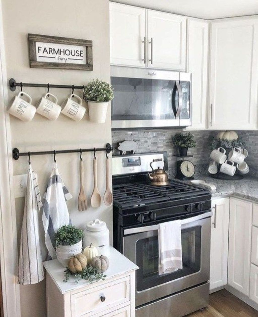 Gorgeous Kitchen Wall Decor Ideas 12