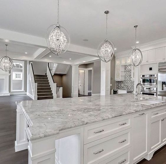 Inspiring White Kitchen Design Ideas With Luxury Accent 07