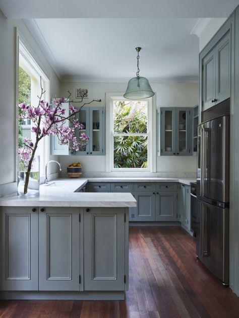 Inspiring White Kitchen Design Ideas With Luxury Accent 09