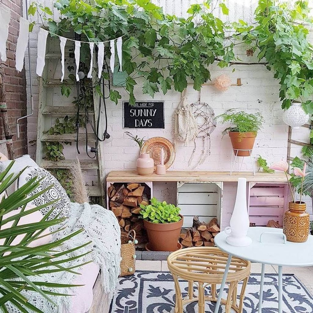 Lovely Bohemian Style Ideas For Your Outdoor Design 24