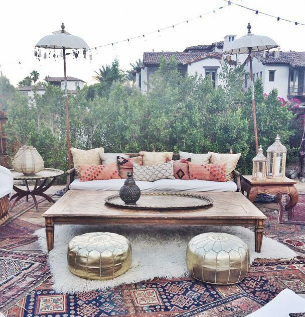 Lovely Bohemian Style Ideas For Your Outdoor Design 28