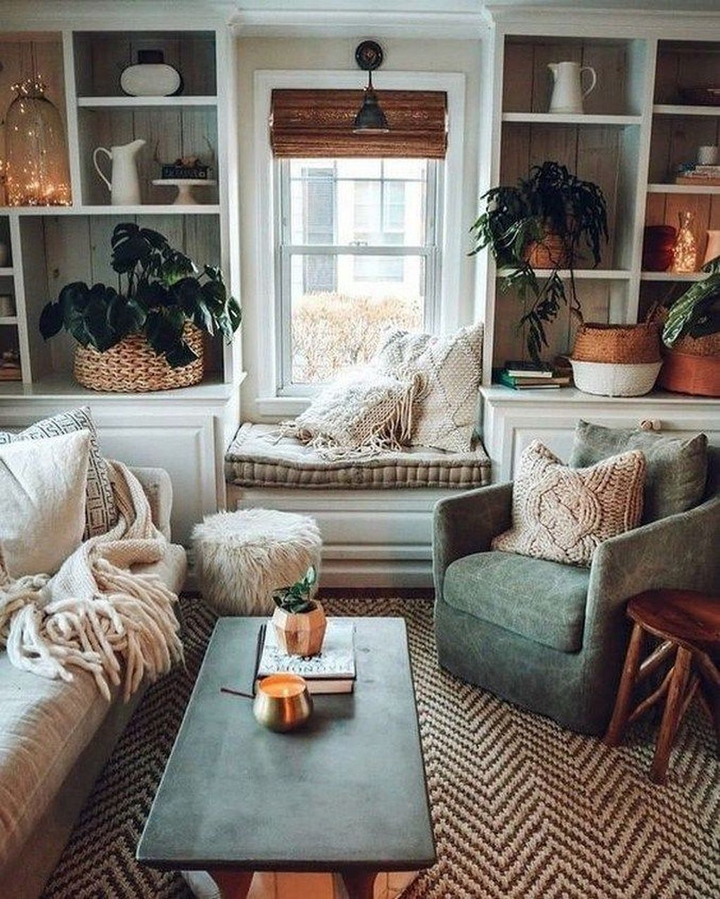 Lovely Living Room Decoration Ideas With Bohemian Style 08