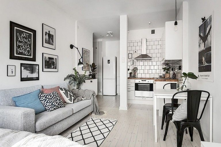 Lovely Small Apartment Decorating Ideas 11