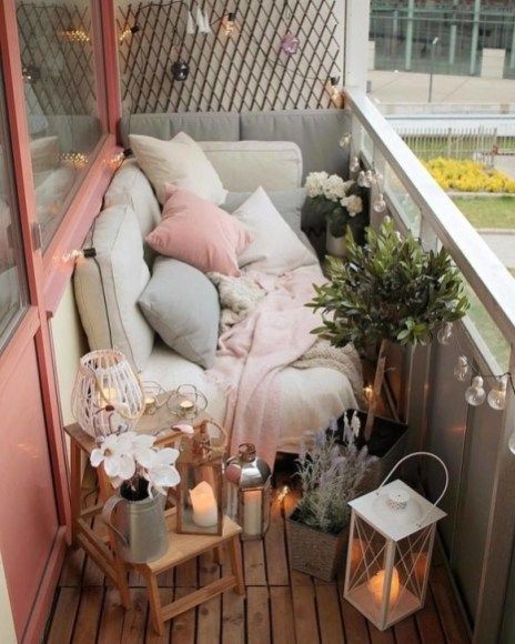 Lovely Small Porch Apartment Balconies Ideas 27