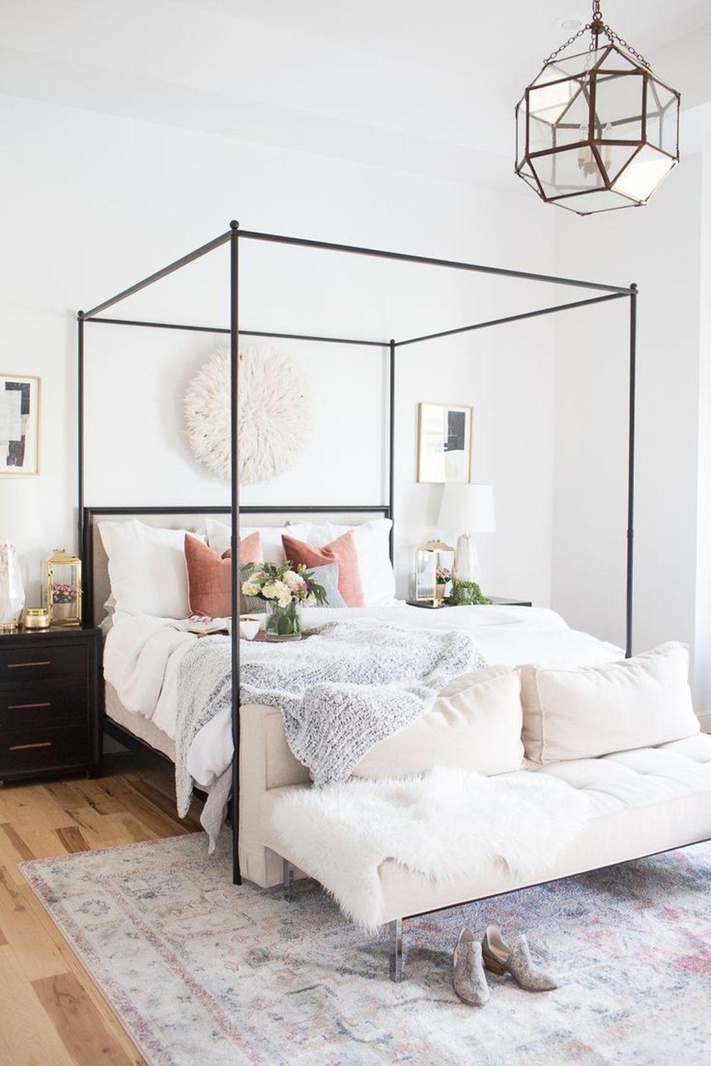 Nice Master Bedroom Decoration Ideas 35