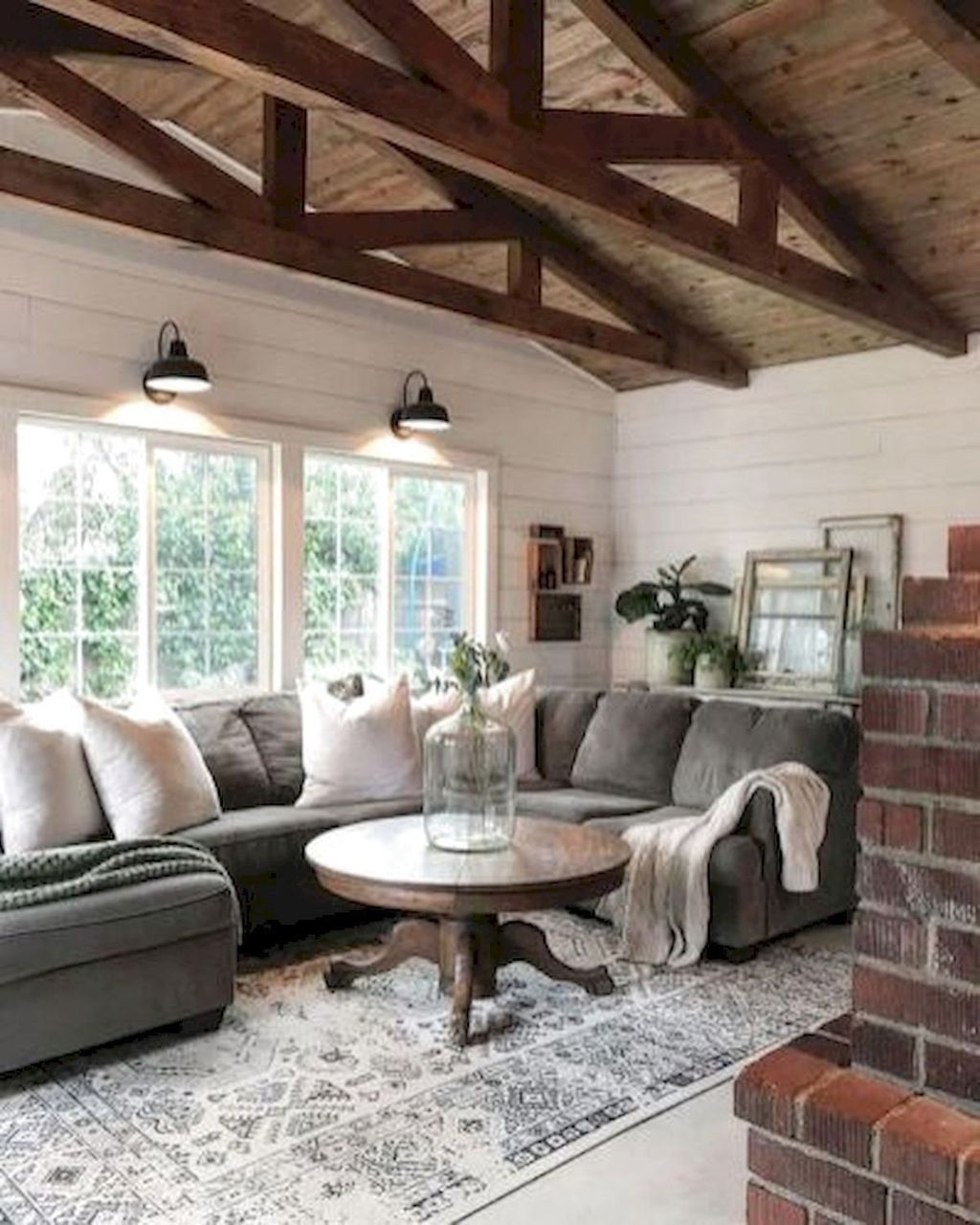 Popular Modern Farmhouse Living Room Decor Ideas 12